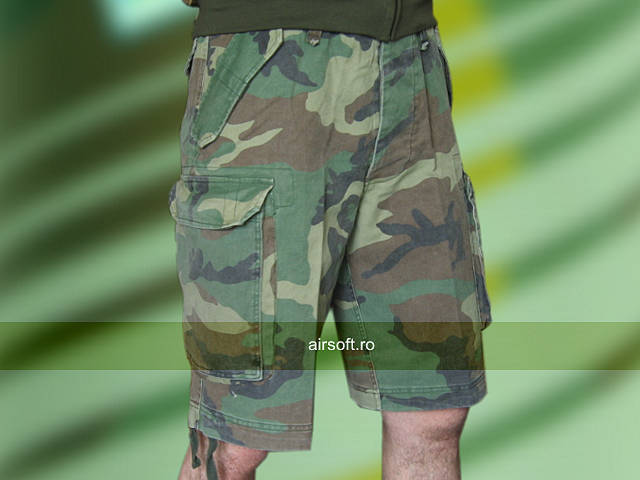PANTALONI SCURTI MODEL PARATROOPER (WOODLAND)