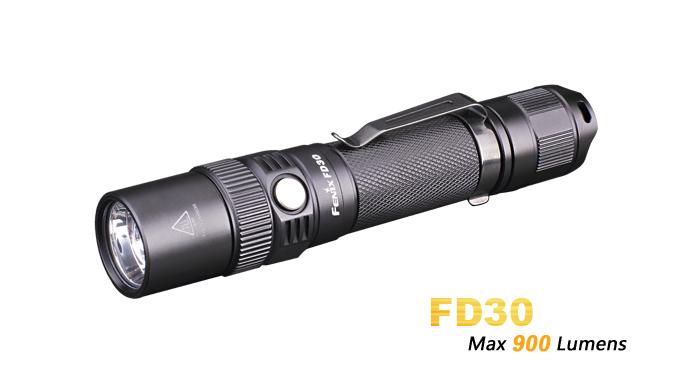 LANTERNA CU FOCUS AJUSTABIL MODEL FD30 XP-L HI